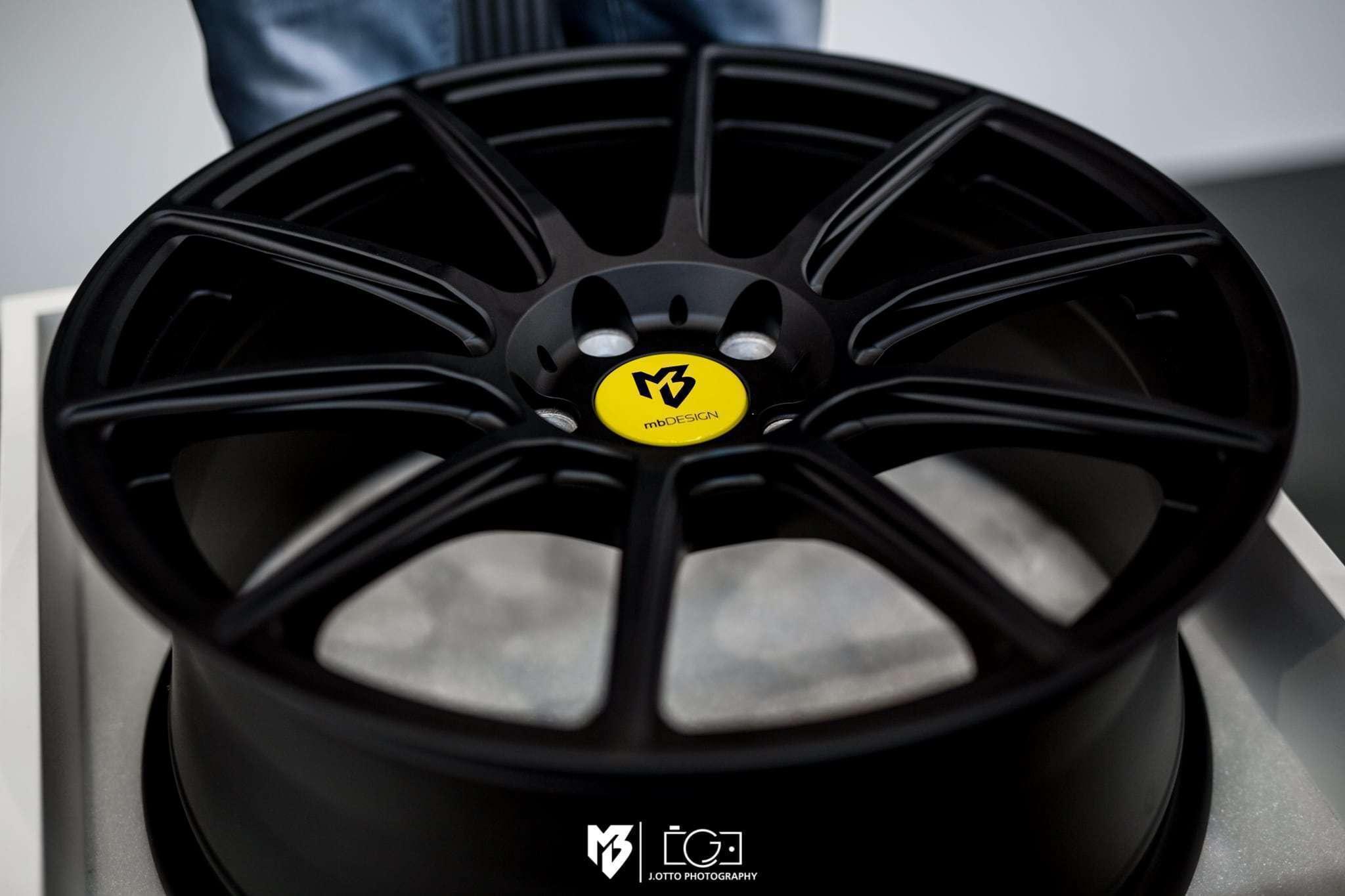 Geschmiedete Felgen aus Magnesium Forged Magnesium wheels