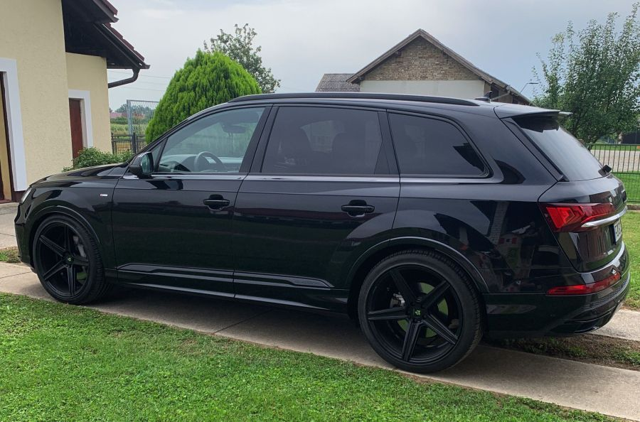 Audi Q7 4M - KV1 S Schwarz glänzend