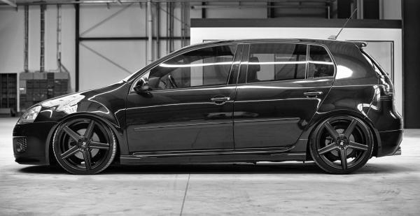 """VW Golf V Sommerräder 19"""" KV1 Schwarzmatt - Dunlop"""