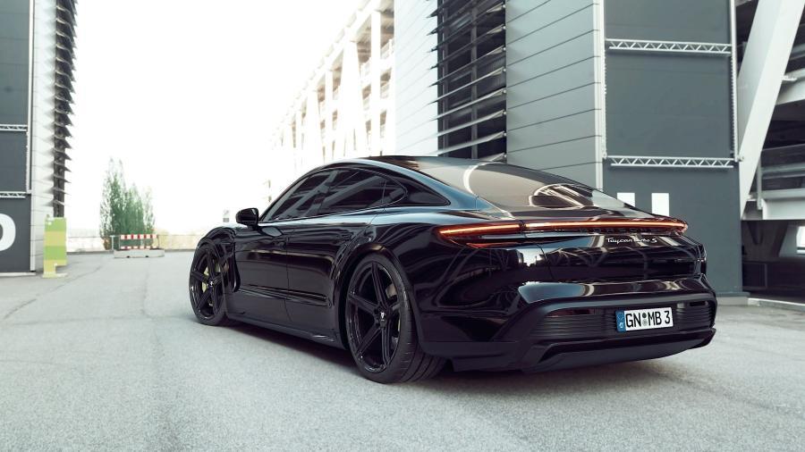 Porsche Taycan - KV1 S Schwarz glänzend
