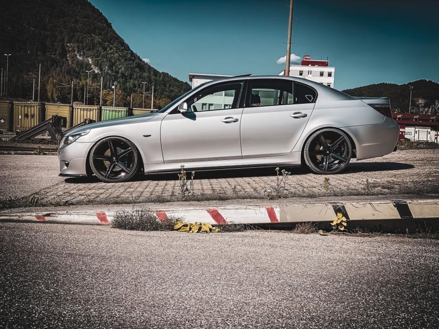 BMW 5er 5x120 E60/61 - KV1 Schwarz glänzend